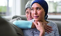 istock962659624_mother_and_daughter_with_cancer_200x118 (1)