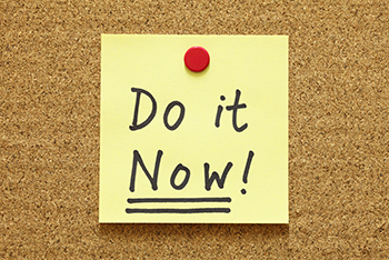 GettyImages185118818_Do it Now postit_350