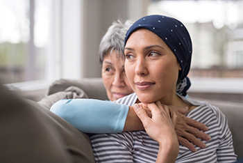 istock962659624_mother_and_daughter_with_cancer_350 (1)