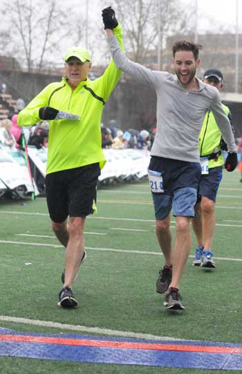 seattle_marathon_finish_line350